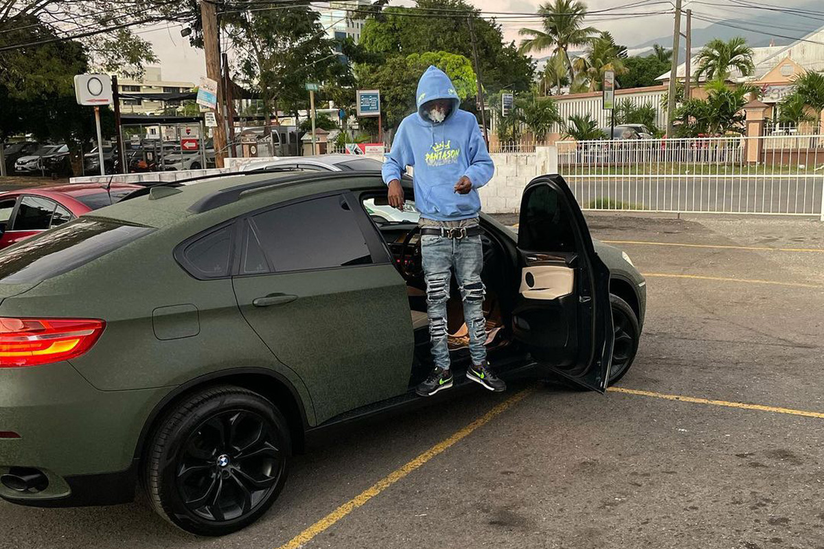 Skillibeng celebrates birthday with matte-green BMW X6